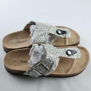 Forever Birken Flip Flops Sz 6 Silver Glitter